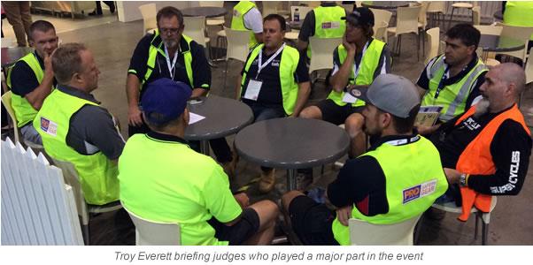 Judges with caption_2